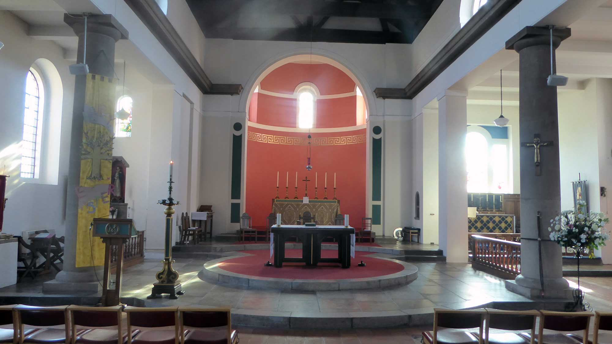 St Margarets - interior